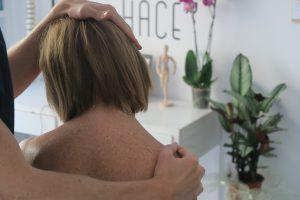 fisioterapia-estiramiento-cuello